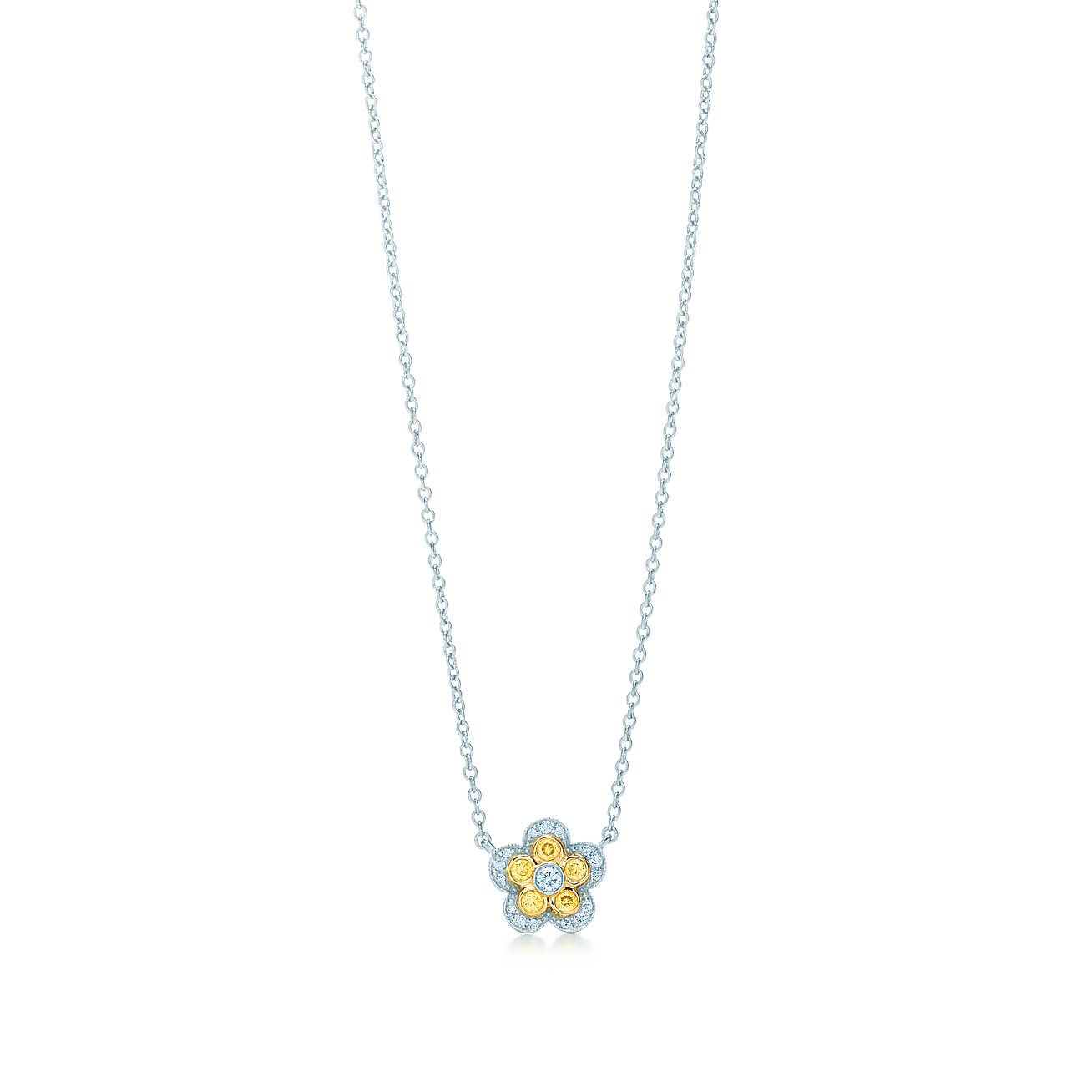flower-pendant-31995345_943635_ED